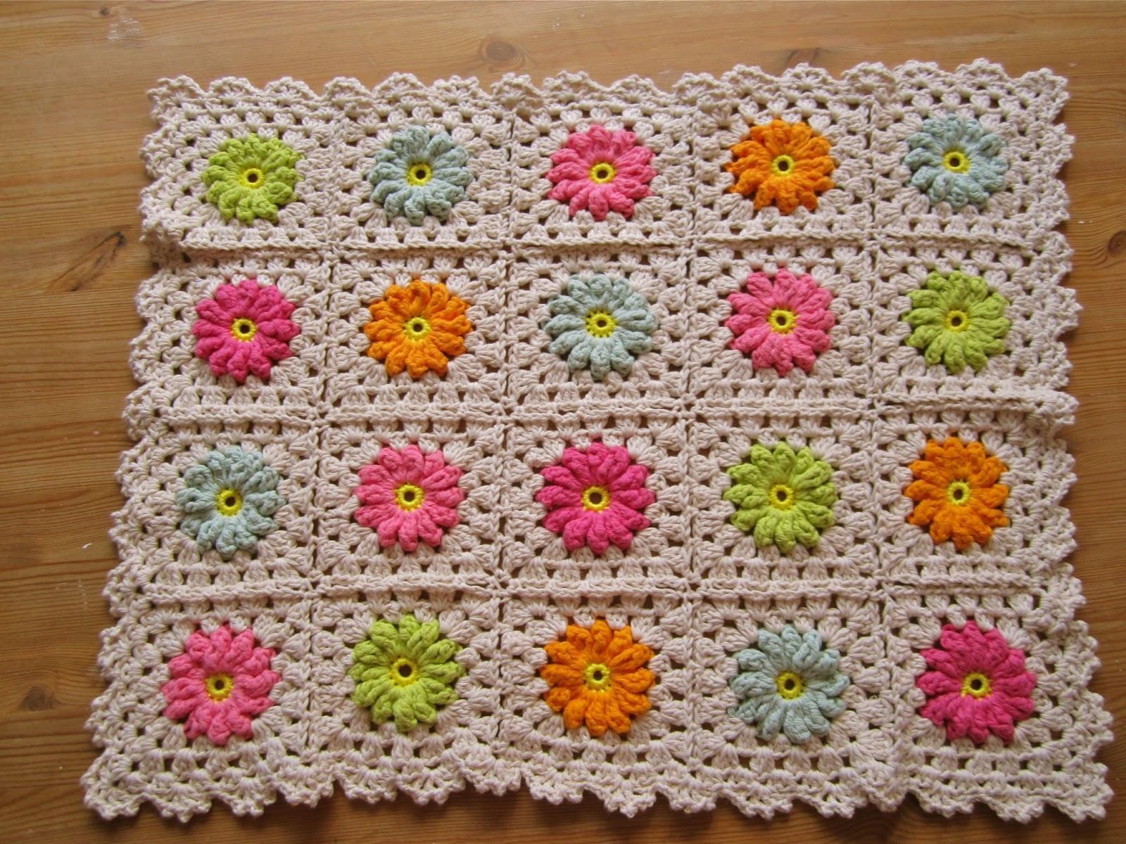 Classic granny square pattern tutorial