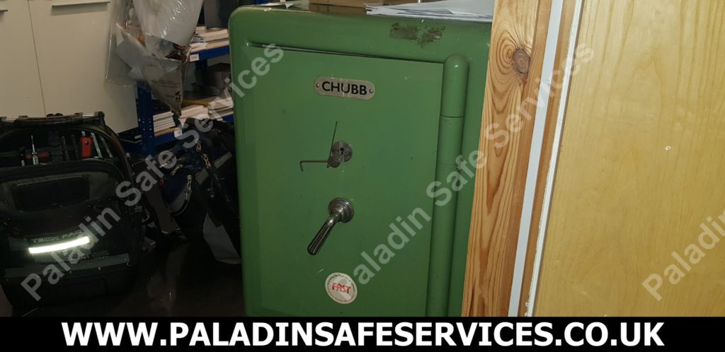 Chubb safe opening instructions with key