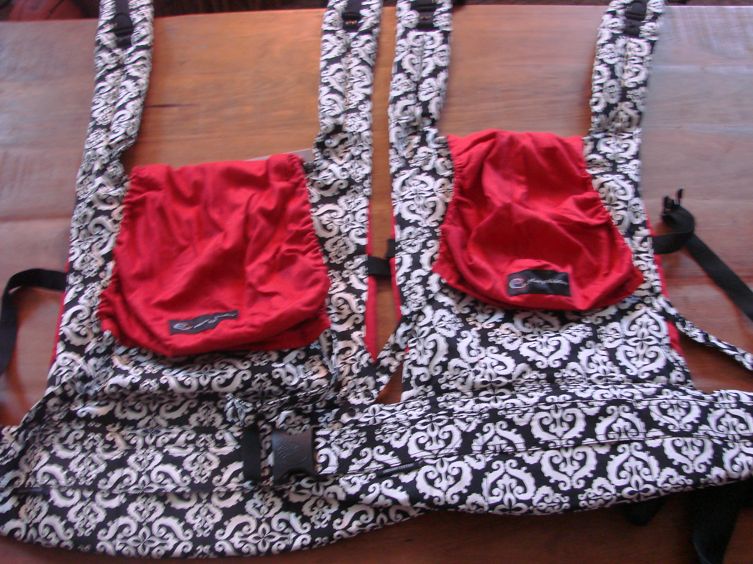petunia pickle bottom ergo carrier instructions